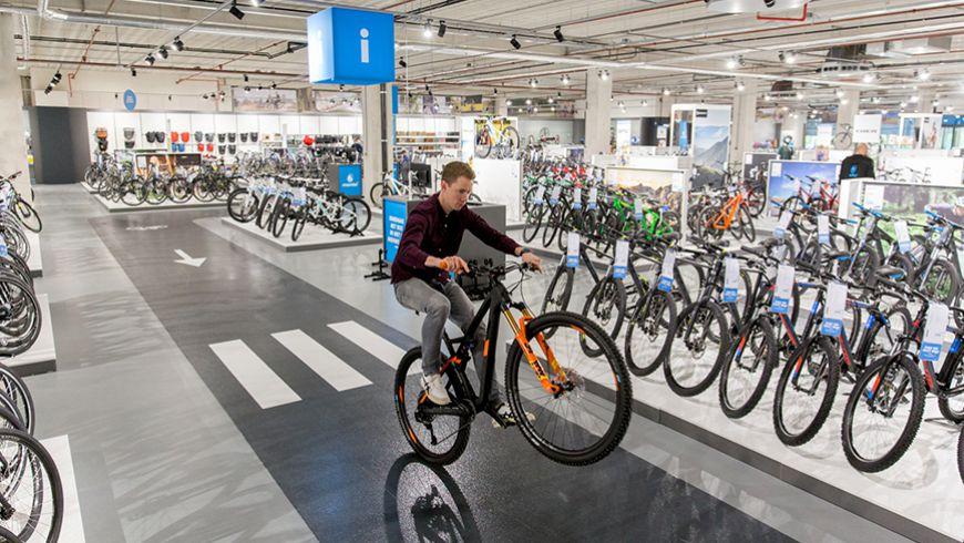 Fietsenwinkel Mantel opent Superstore in Rotterdam op zaterdag 10 juli